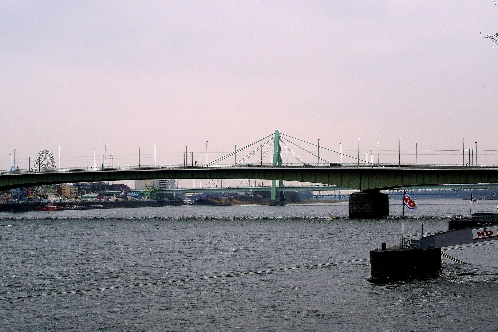 Die Deutzer Brücke
