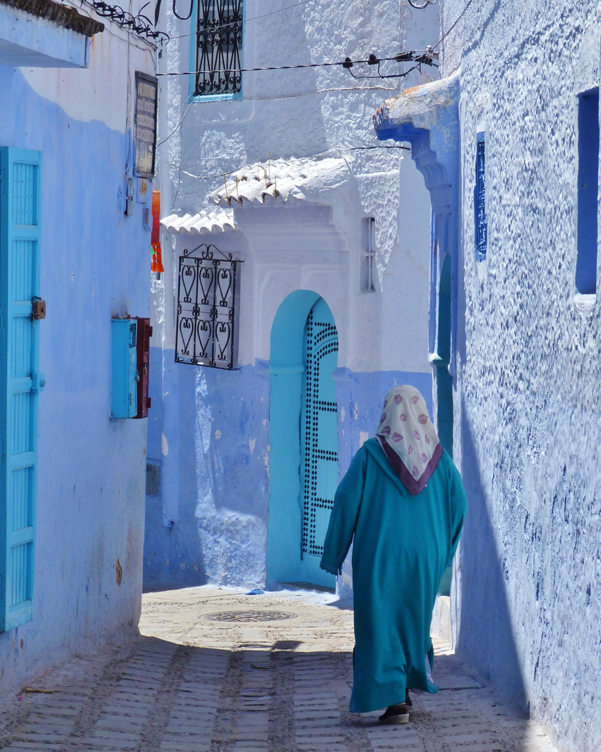 Die Djellaba und die Türen.