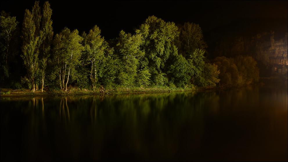 Die Dordogne bei Nacht