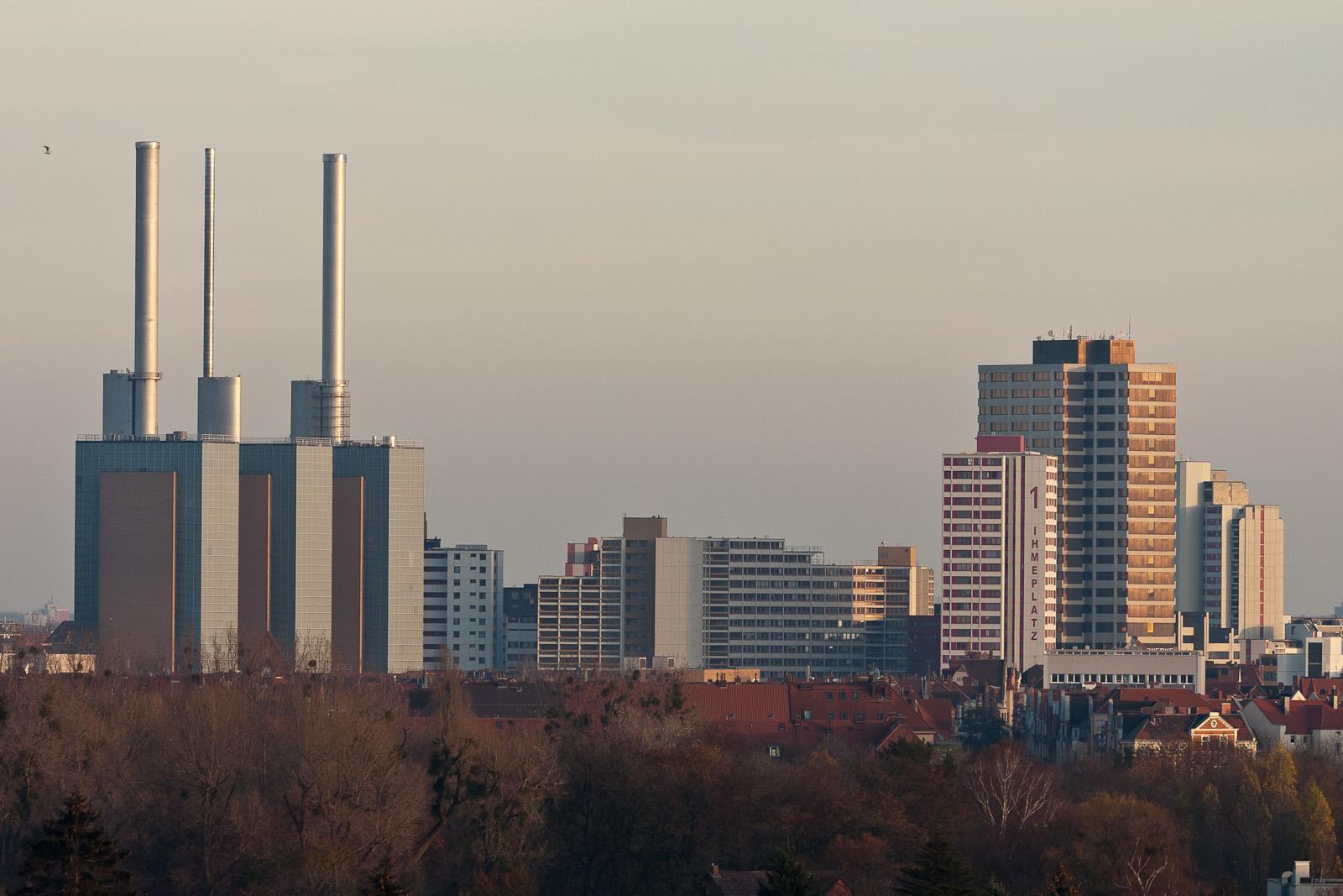 Die drei warmen Brüder und das Ihmezentrum Hannover