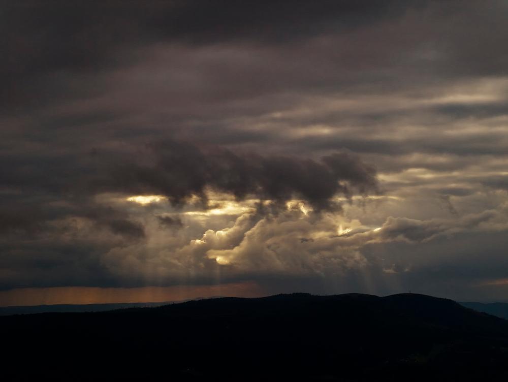 Die dunkle Wolke