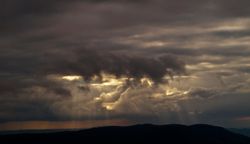 Die dunkle Wolke II