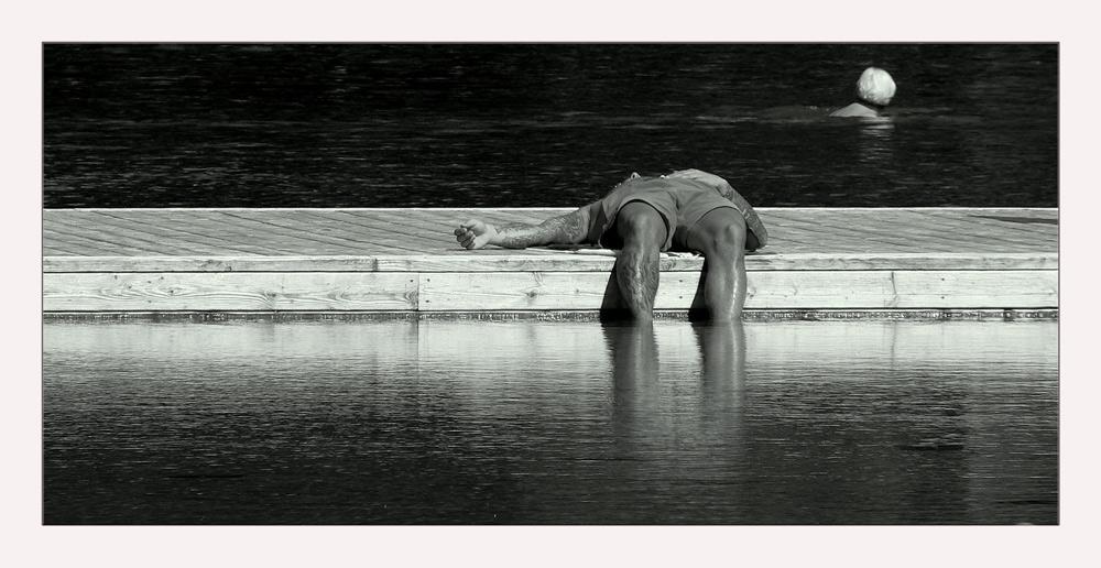 .....die einsame Schwimmerin
