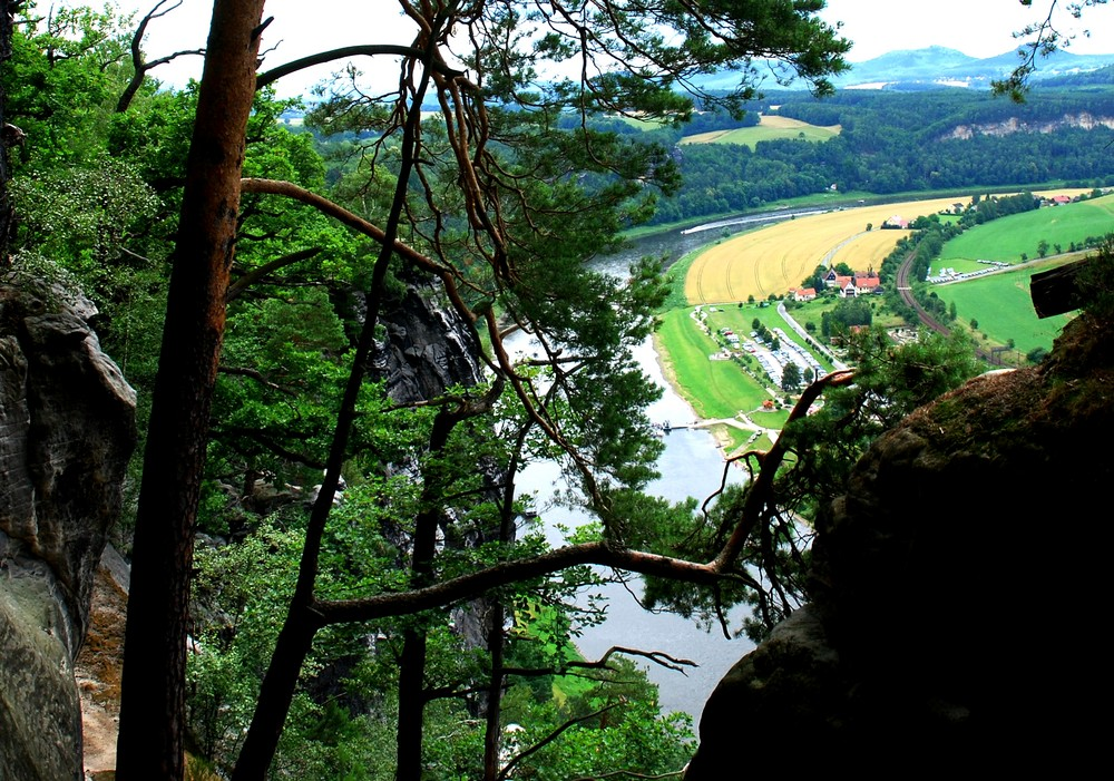 Die Elbe an einem Spätsommerabend
