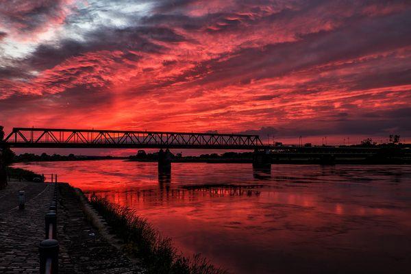 Die Elbe in Flammen...