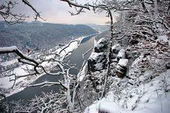 die Elbe unterhalb der Bastei