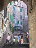 Die engen Gassen von Siena
