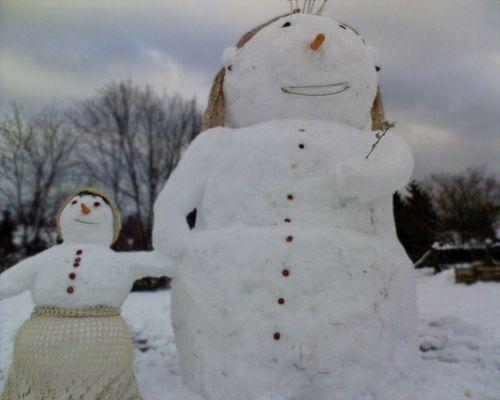 Die ersten Schneemänner dieses Jahr