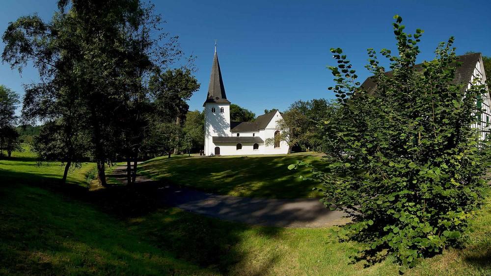 Die evangelische Kirche zu Wiedenest I