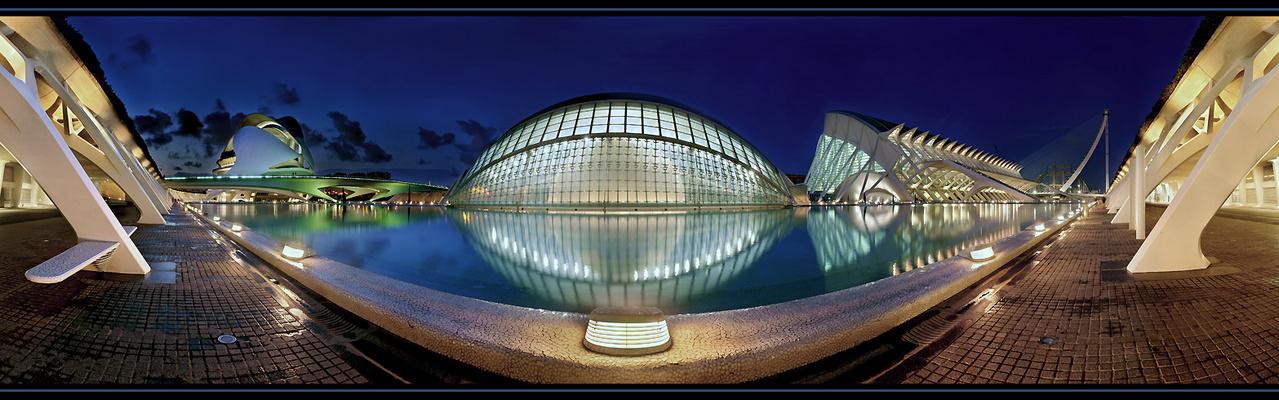 Die Farben der Nacht - Valencia -