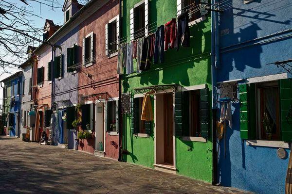 Die farbenfrohe Insel Burano