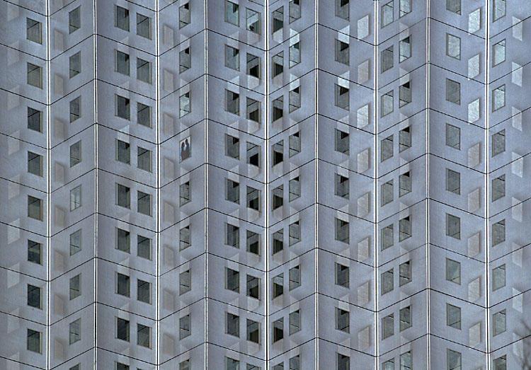 Die Fenster zum Hof - Spiel der Sonne mit Glas