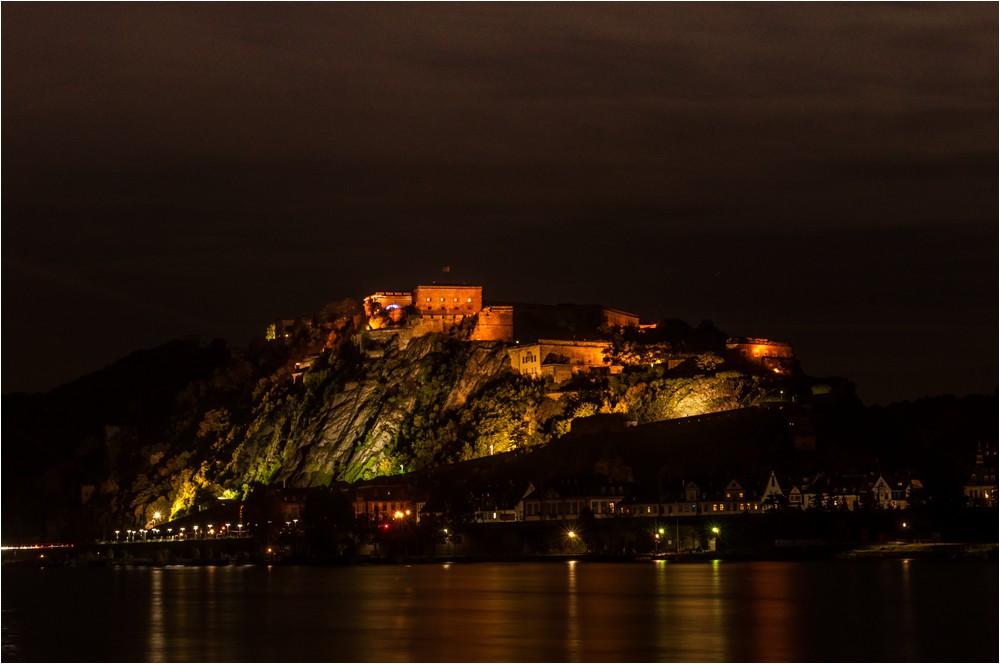 Die Festung ...