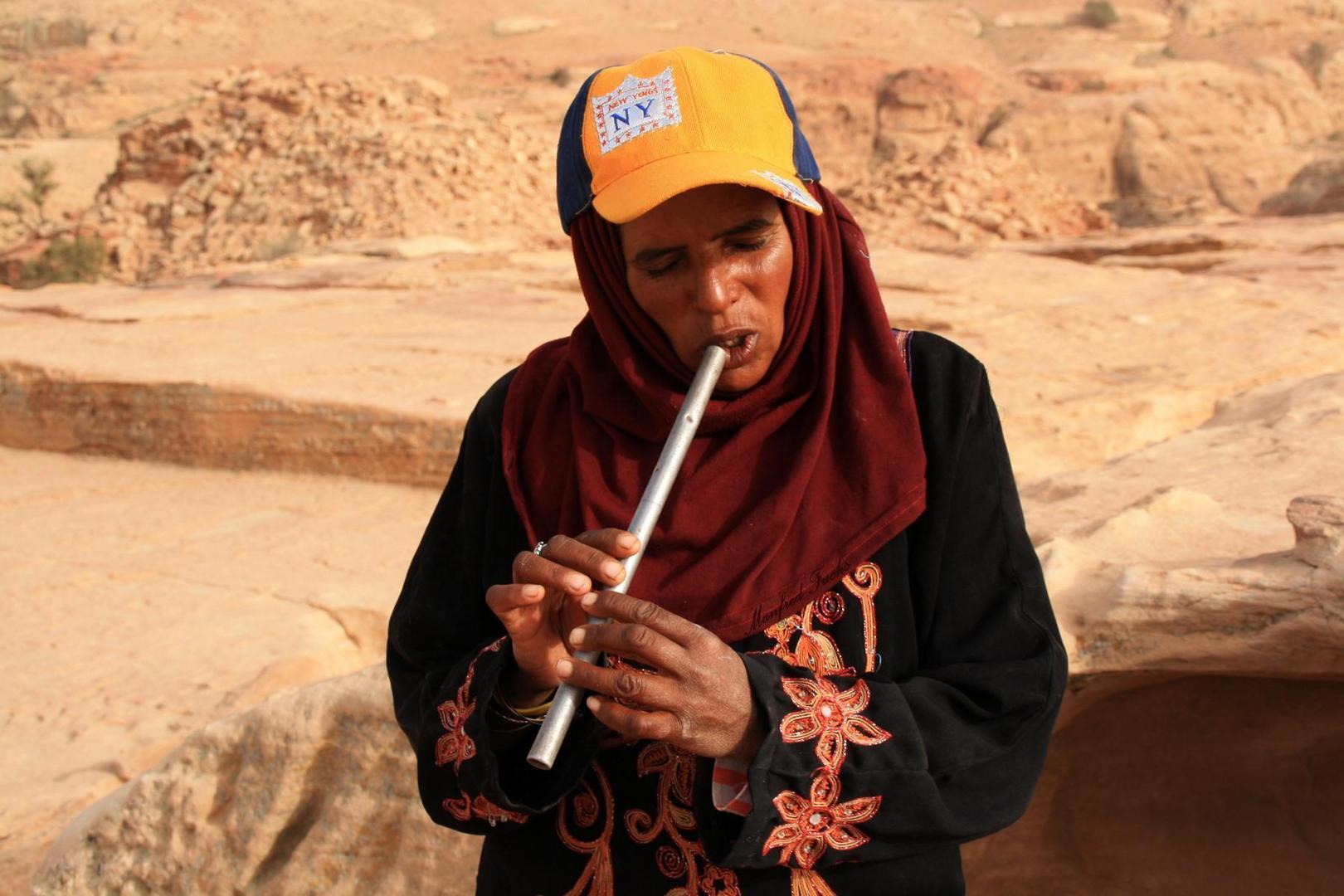 Die Flötenspielerin