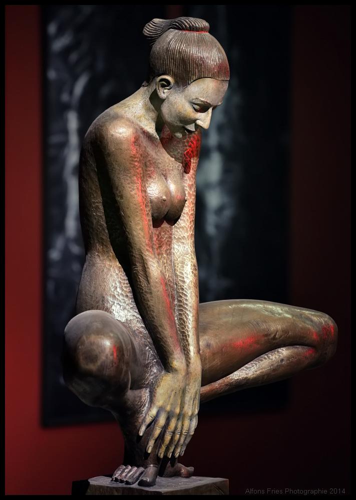 Die Frau aus Bronze