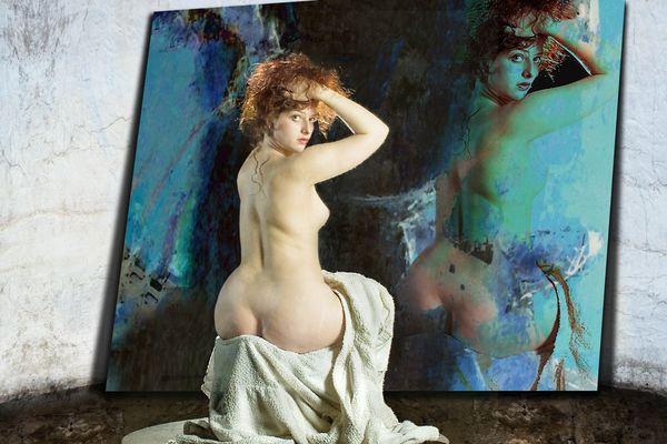 Die Frau des Malers vor seinem Werk ...