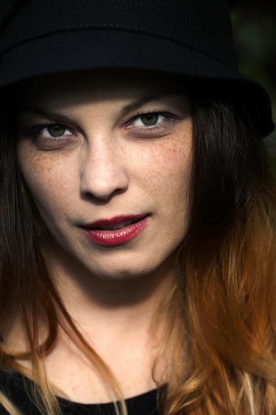 Die Frau mit Hut