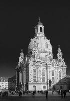 Die Frauenkirche in schwarz/weiß