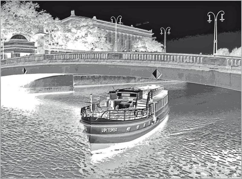 Die Friedrichsbrücke in Berlin (2)