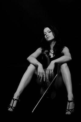 Die Geigenspielerin 4