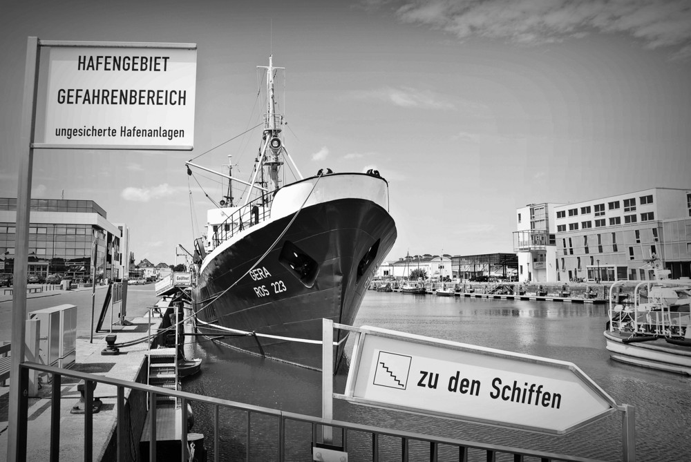 """Die """"Gera"""" im Fischereihafen"""