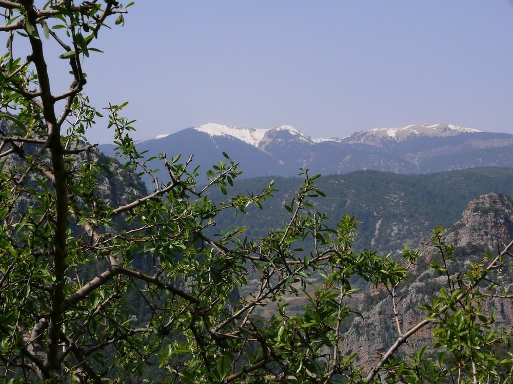 Die Gipfel des Taurusgebirges zum Greifen nahe