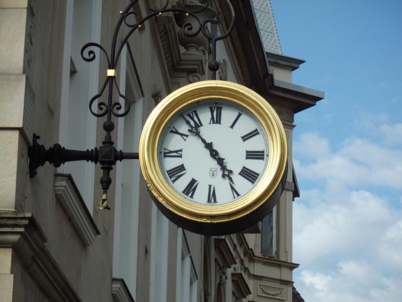 Die Goldene Uhr