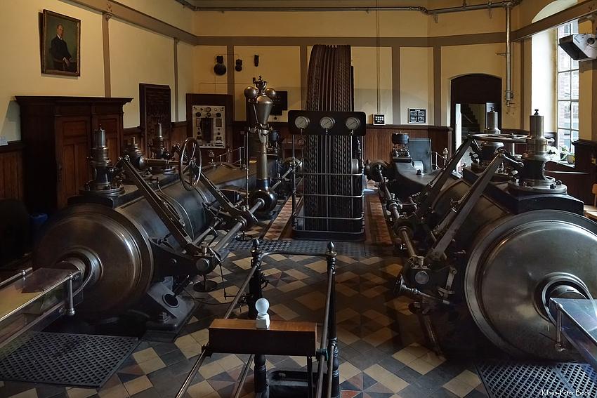 Die größte Dampfmaschine....