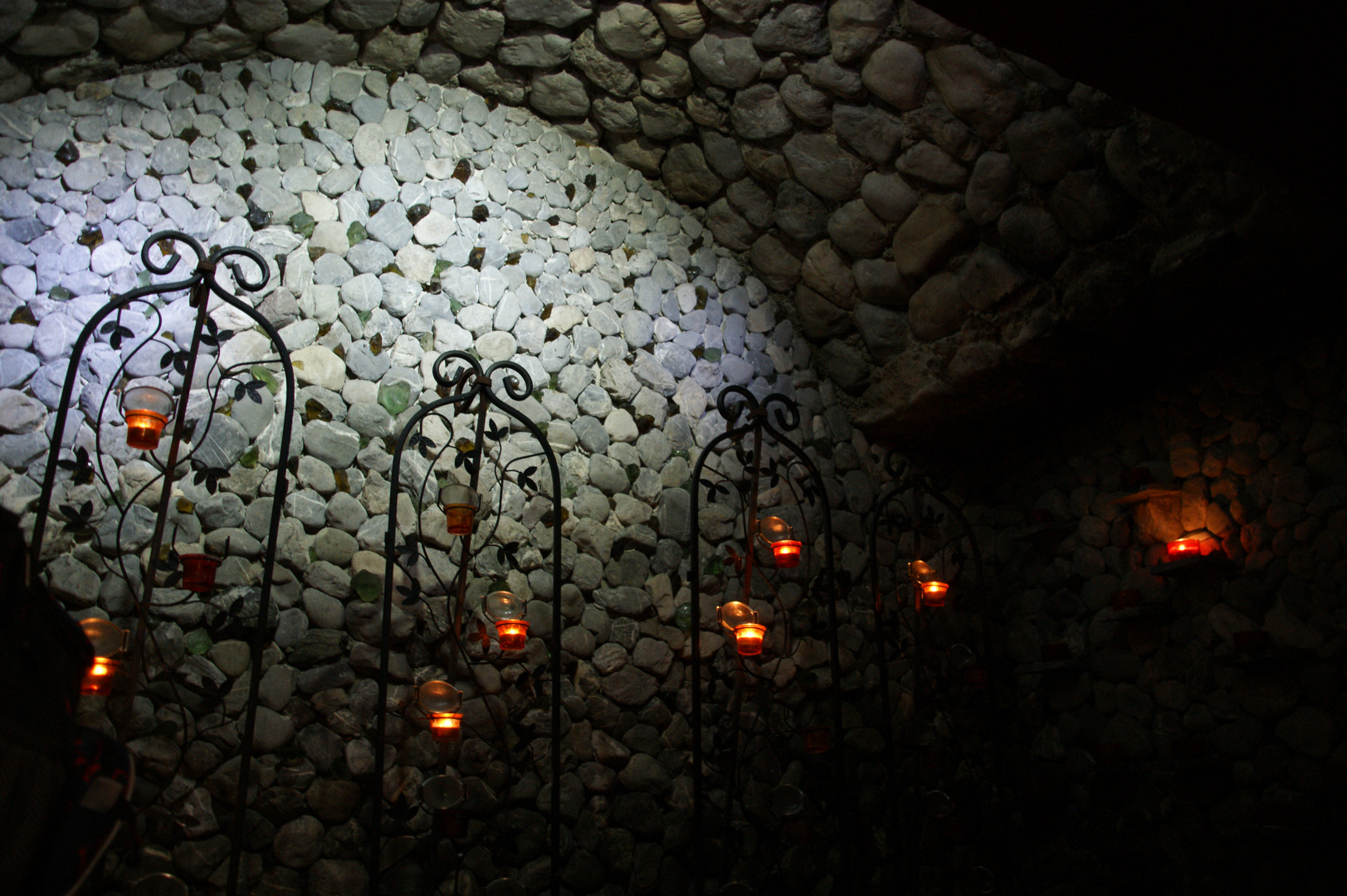 Die Grotte im Kutschen Museum in Hinterstein