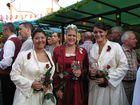Die Gülser BLÜTENKÖNIGIN samt Prinzessinnen auf dem Layer Weinfest