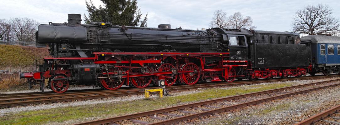 Die Güterzug-Einheitsdampflok 41 018