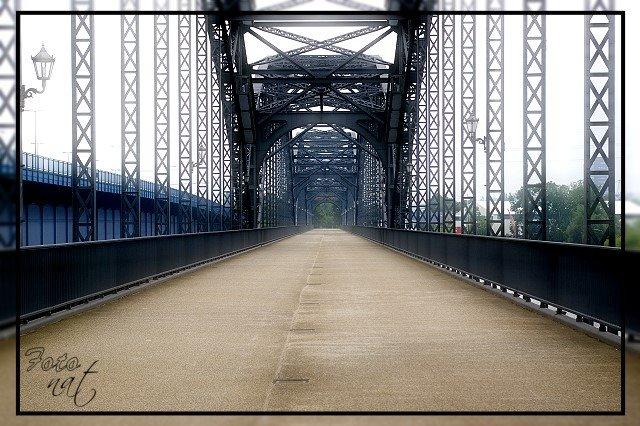 Die Harburger Brücke