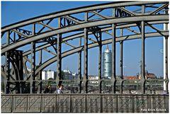 Die historische Hackerbrücke in München