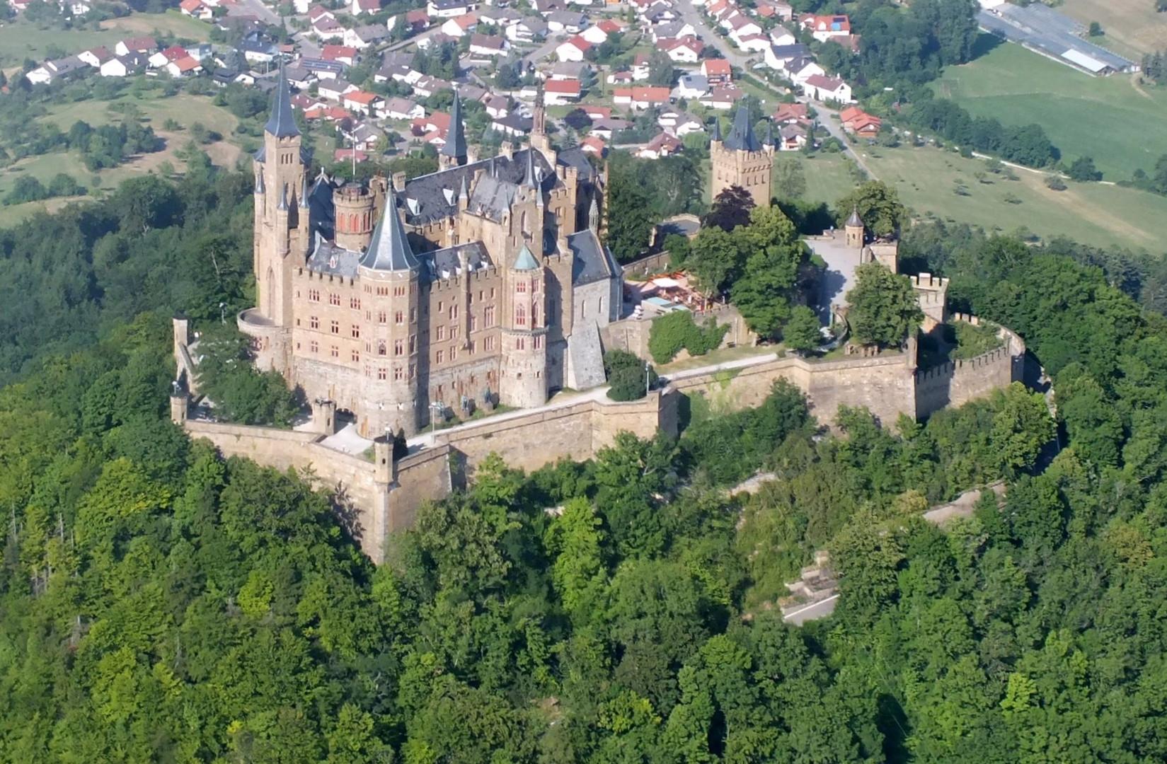 die Hohenzollernburg