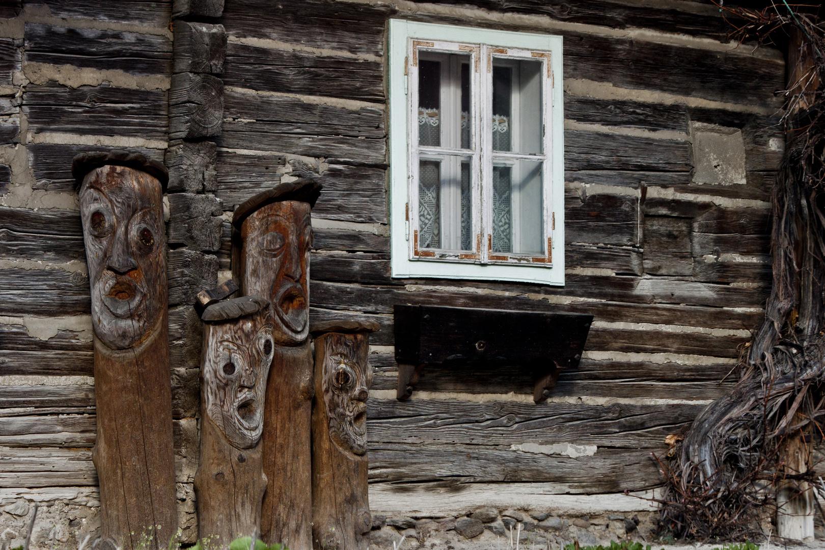 Die Holzfamilie
