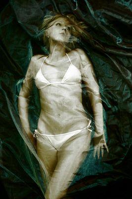 die ikonenhafte Muse im Stile der Meerjungfrau (1)