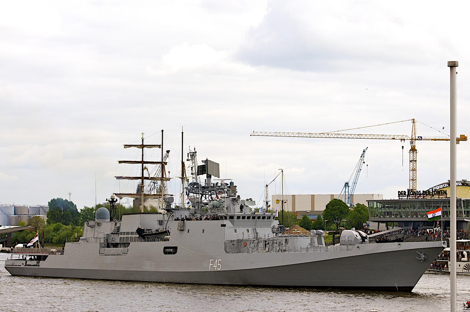 Die Indische Fregatte   INS TEG