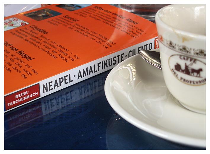 Die Kaffeepause in Neapel