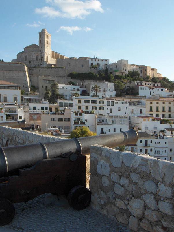 Die Kanonen von Ibiza