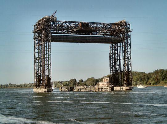 Die Karniner Eisenbahnbrücke,