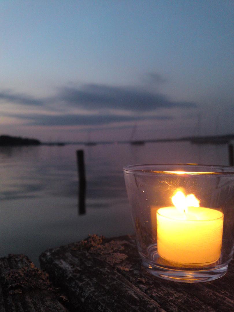 Die Kerze vor dem Allnersee