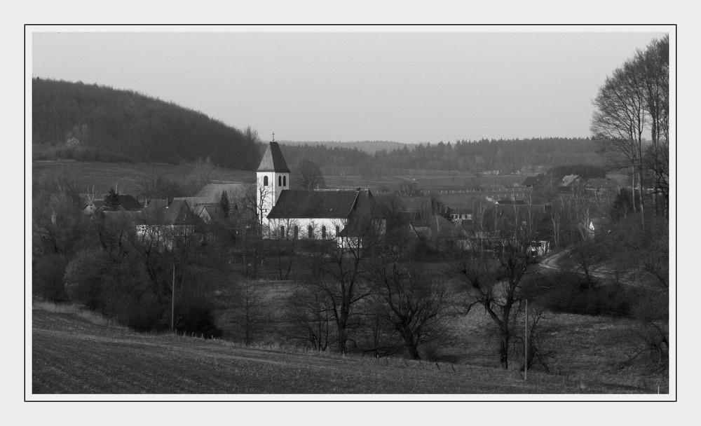 """""""Die Kirche im Dorf gelassen"""""""