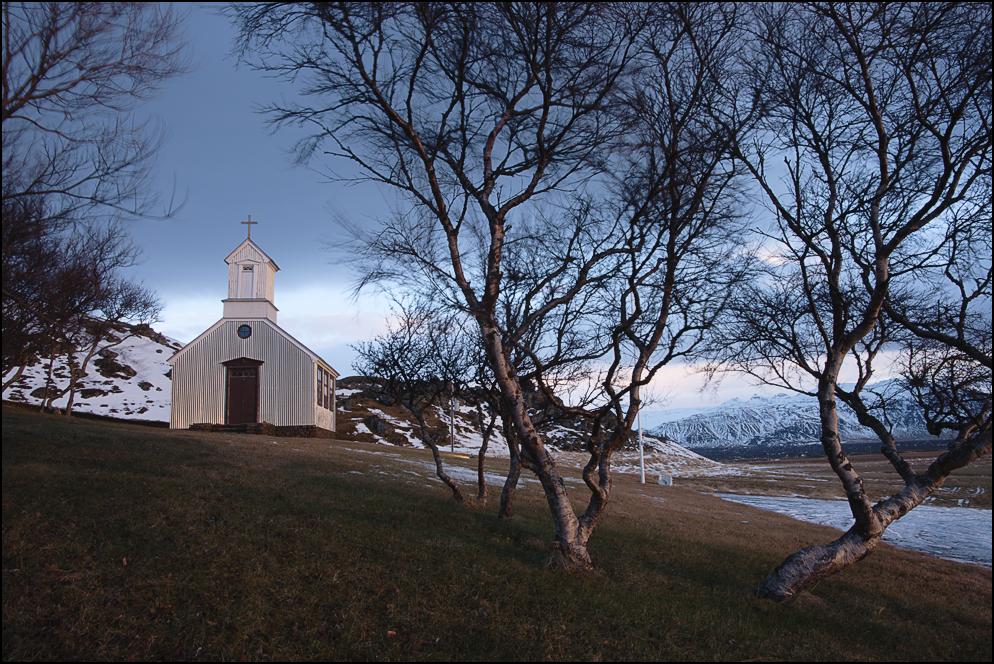 die Kirche von Ytri Rauðamelur