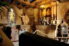Die kleine Burg-Kapelle der Burg Thurant...