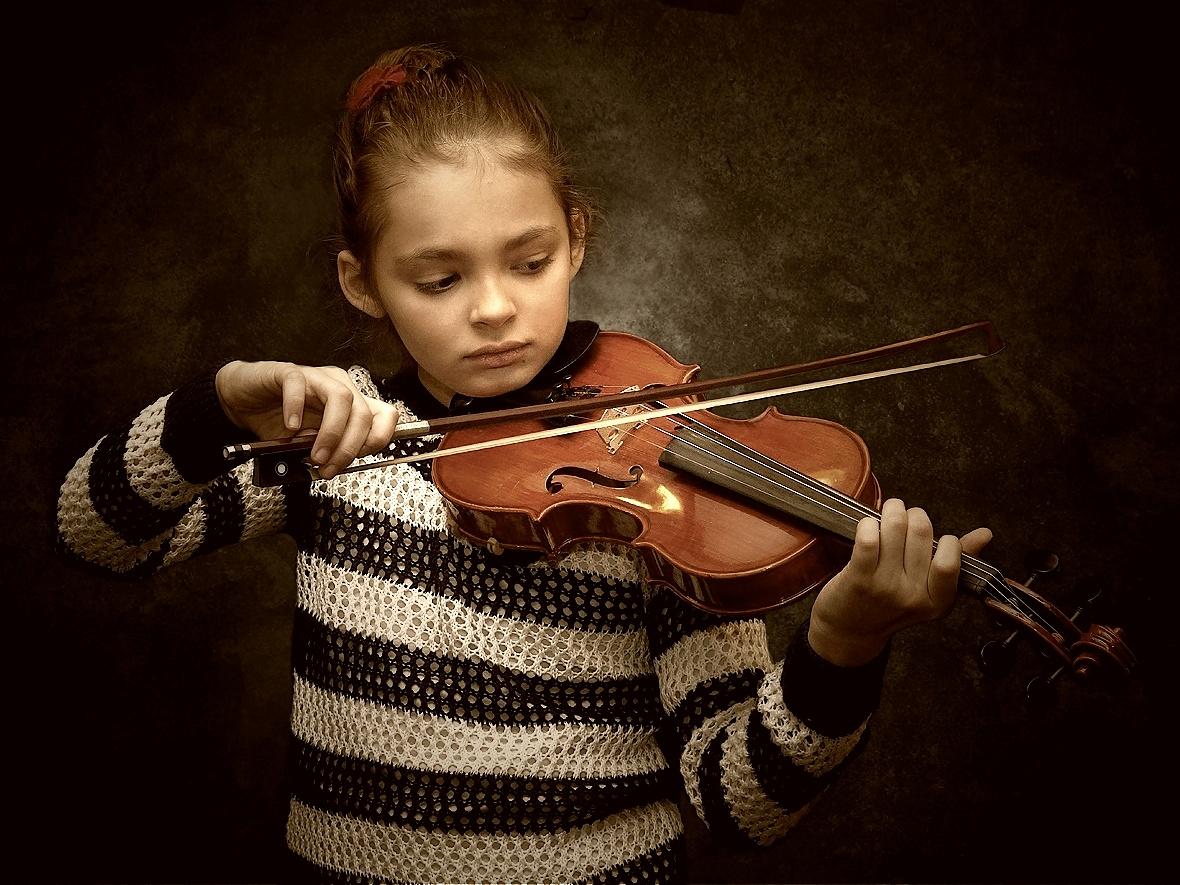 Die kleine Violinistin