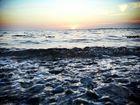 Die kleine Welle im Sonnenuntergang
