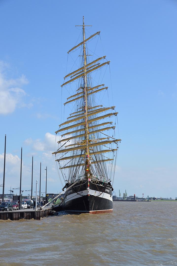 Die Krusenstern an der Seebäderkaje in Bremerhaven