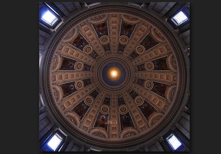 Die Kuppel der Marmorkirche