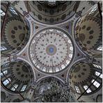 Die Kuppeln der Kara Ahmet Pasa Camii