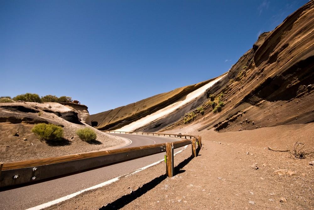 Die Kurve mit dem grossen Steinbogen